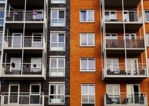 Comprar apartamento x lote: o que vale mais a pena?